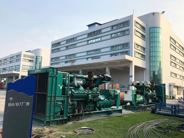 天津某电子厂出租两台800KW康明斯发电机